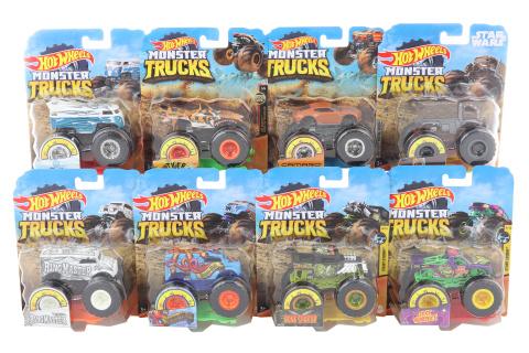 Hot Wheels Monster trucks kaskadérské kousky