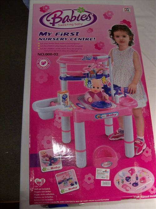 Přebalovací pult Barbie